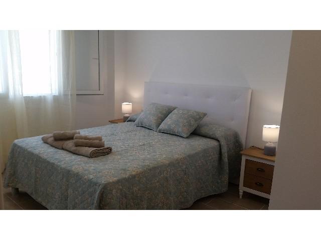 Casa en alquiler en atlanterra for Casas con piscina zahara delos atunes